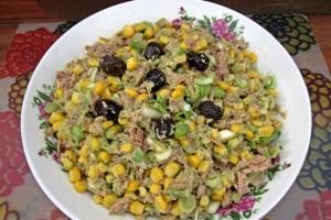 Salata cu ton, praz si avocado
